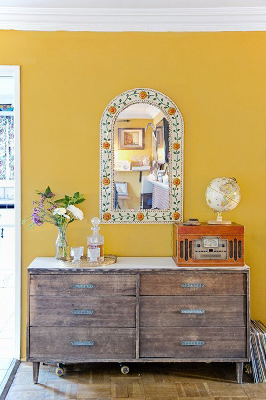 So Fresh & So Chic // For the Home // Brightly Painted Yellow Wall in Entry Way