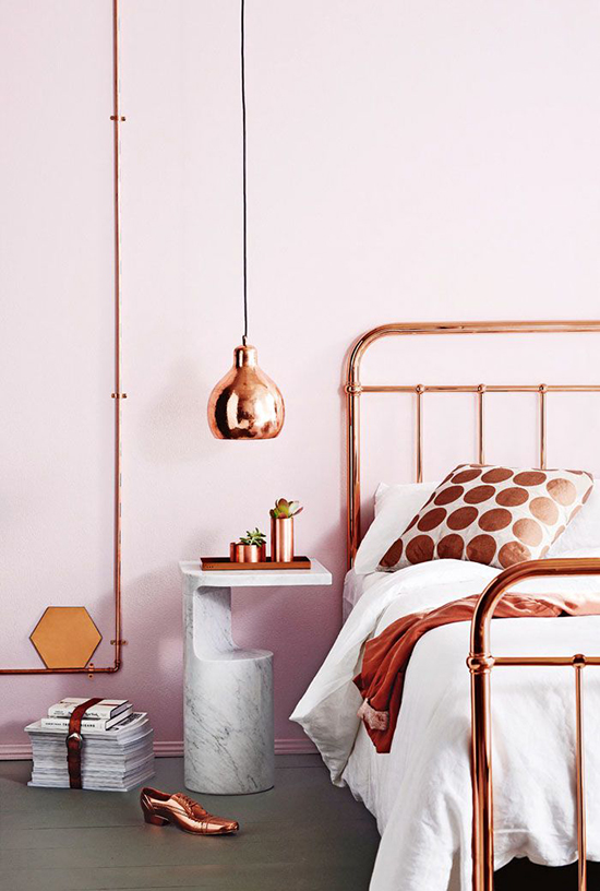 So Fresh & So Chic // Copper Accents at Home #sofreshandsochic #copper #interiors www.sofreshandsochic.com