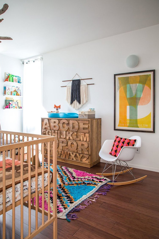 Spotted on So Fresh & So Chic // Oversized colourful art in nursery // www.sofreshandsochic.com #sofreshandsochic