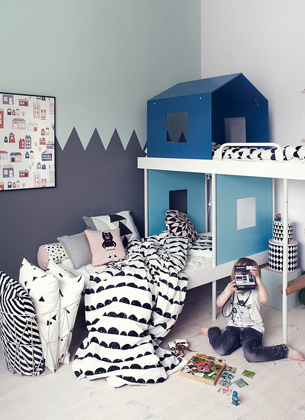 So Fresh & So Chic // Now Trending: Decorating with Houses in Nurseries and Kid's Rooms #sofreshandsochic #houses #nurseries www.sofreshandsochic.com