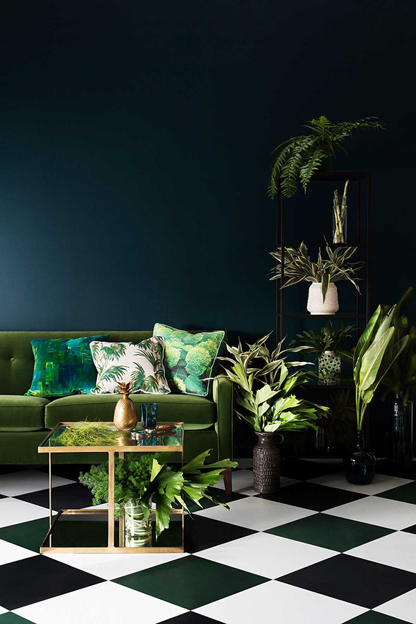 So Fresh & So Chic // How to Decorate Your Space for Fall