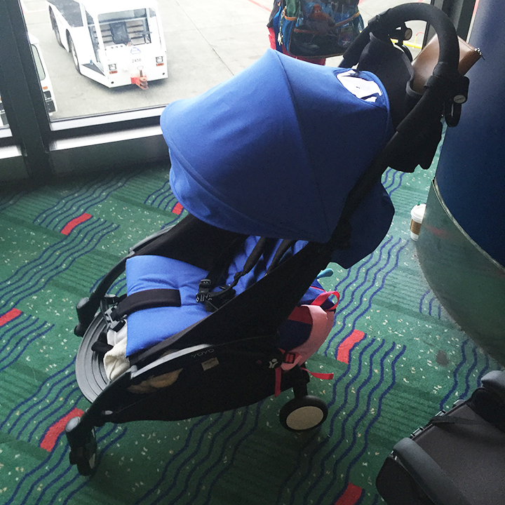 So Fresh & So Chic // Traveling with Kids: Tips, Tricks & A Review of the Babyzen Yoyo+ Stroller! #travel #kids #babyzen