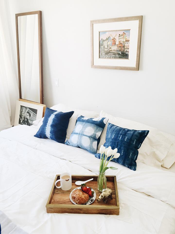 So Fresh & So Chic // The Perfect Way to Resolve Your Home Decor Dilemmas: Text a Stylist! #hellohamlet #interiordesign #homedecor