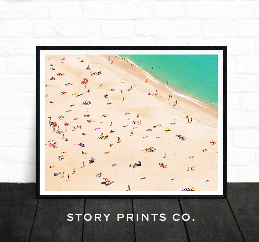 Friday Finds Vol. 20: The Prettiest Beach Art Prints on Etsy! // www.sofreshandsochic.com #homedecor #beachprint #art