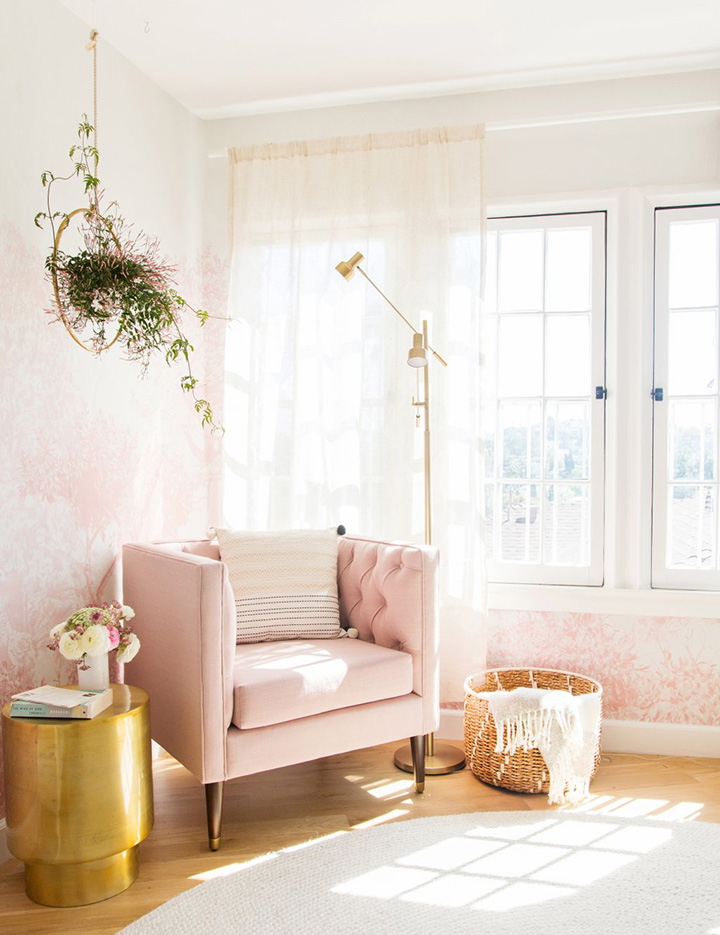 So Fresh & So Chic // 15 Gorgeous Armchair Vignettes and How to Style Them