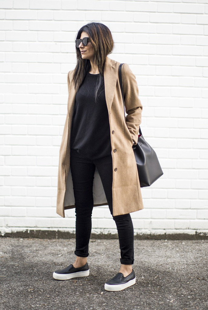 So Fresh and So Chic // Classic Fall Must-Haves: Pair A Camel Coat and Sneakers for Effortless Fall Style! #fallstyle #fallfashion #outfitinspiration #sofreshandsochic