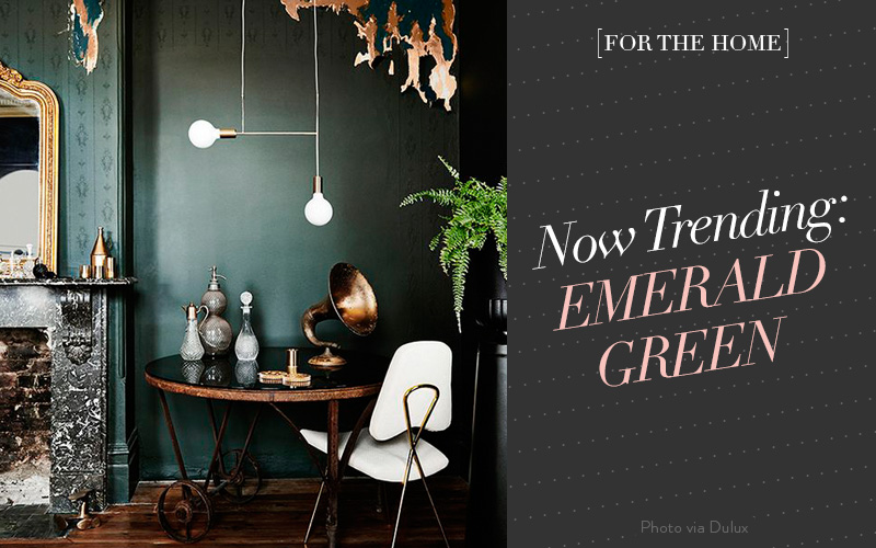 So Fresh & So Chic // Now Trending: Emerald Green at Home #interiordesign #forthehome #darkgreen #sofreshandsochic