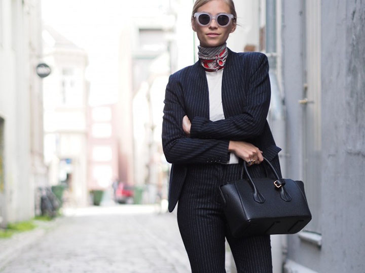 Friday Finds Vol. 28 // 10 Wardrobe Essentials for Every Girl #sofreshandsochic #wardrobebasics #ootd
