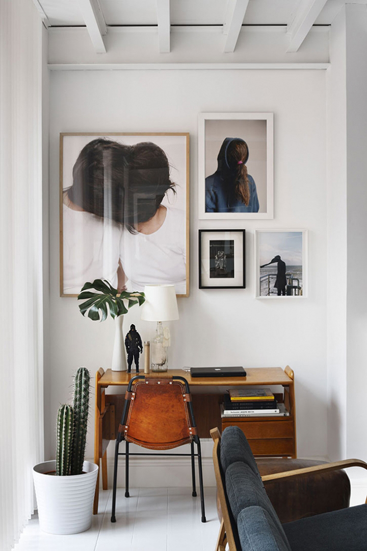So Fresh & So Chic // White walls and floors, ceiling beams, gorgeous artwork above small desk, perfect workspace - #homedecor #interiordesign #sofreshandsochic